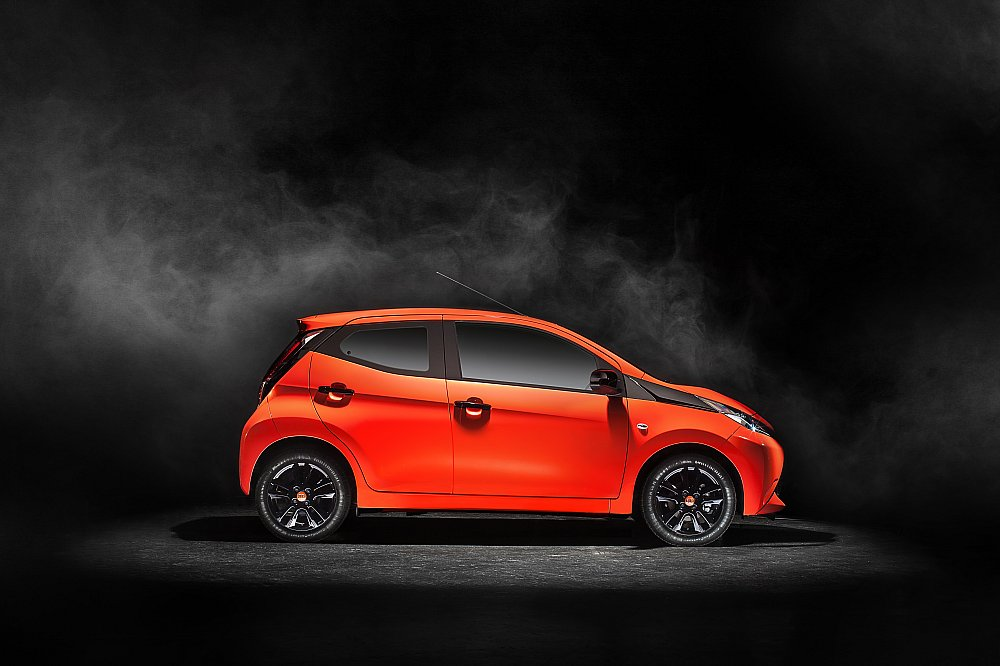 Aygo Side View